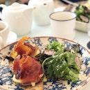 <🇫🇷> C'est si bon <🇬🇧> It is delicious • 🍳: Benedicts Egg - S$23++ 📍: @mercimarcel Singapore