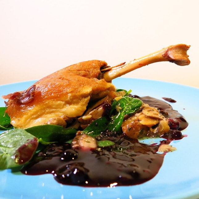 Crispy duck skin and tender duck meat, what's not to love over an excellent plate of Duck Confit ($20)?