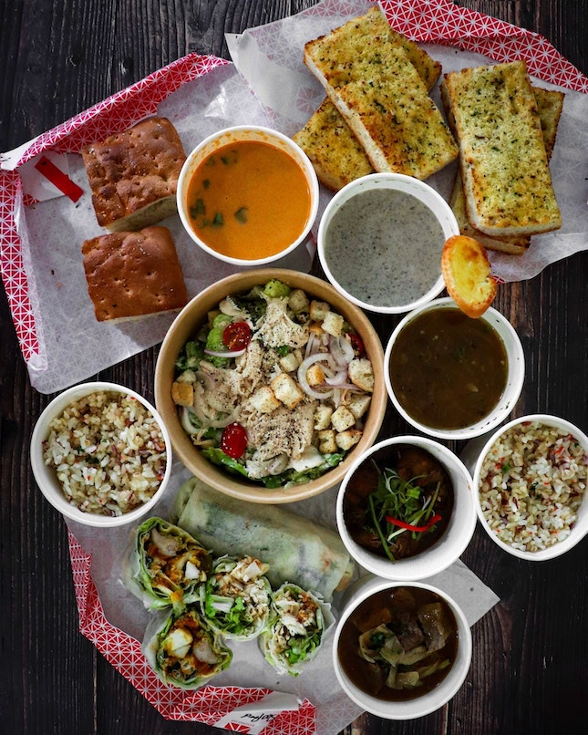During this mini lockdown period, SOUPERSTAR is still continuing their takeaway and delivery orders and you can enjoy a 10% off your total bill if you choose to pick up at any of their stores.