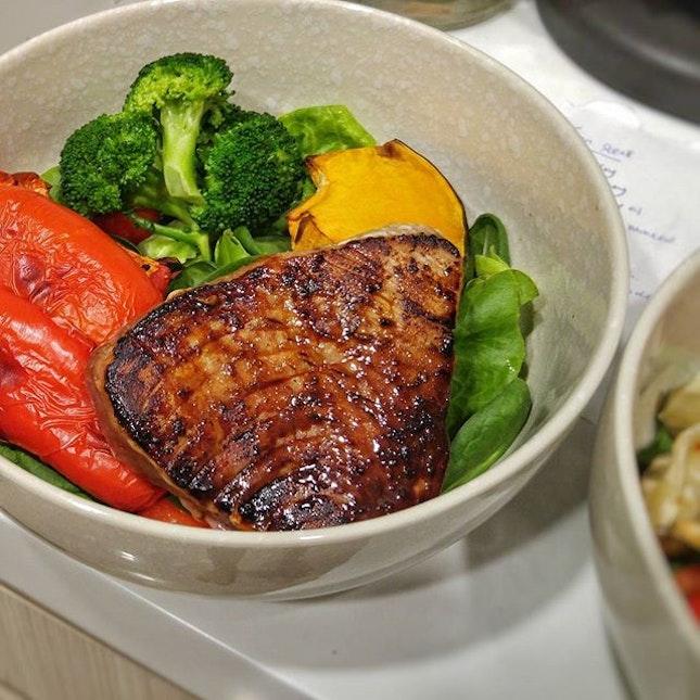 #whatifeedmybf  Soy glazed pan-seared Tuna Steak with lots of greens