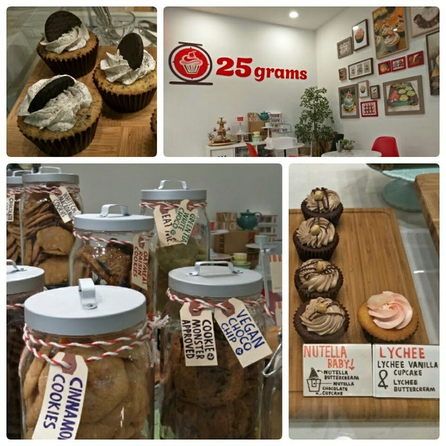 Cupcake And Cookies At Aperia Mall