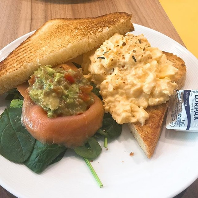Who else loves their eggs scrambled?