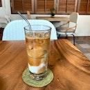 Almond Milk Ice Latté