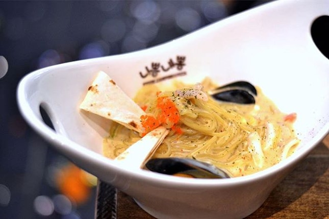 Keu Cream Pong by Nipong Naepong~ Not enough taste and kinda jelak...