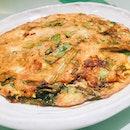 Keelung Night Market Oyster Omelette 基隆庙口夜市蚵仔煎