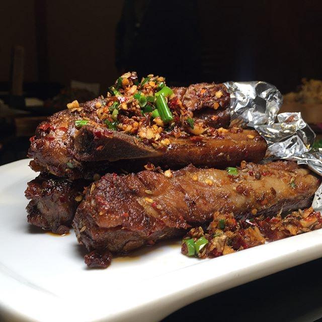 Hunan Cuisine Restaurant 密斯湘菜馆
