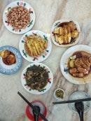 Restoran Makanan Teow Chew (宝兴瓦煲鸡饭•知粥常乐潮州粥)