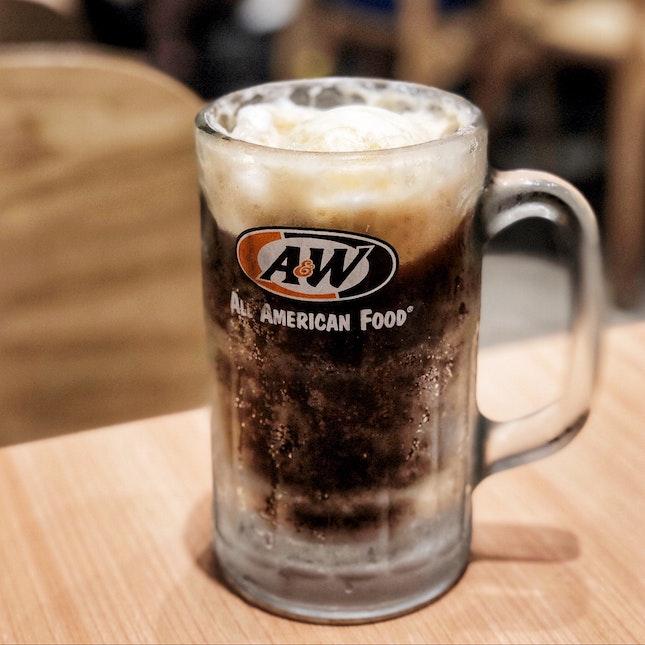 Good Old Root Beer Float