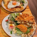Chilli Cheese Chicken Waffle Sandwich