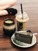 Goma Cake + Hojicha Latte