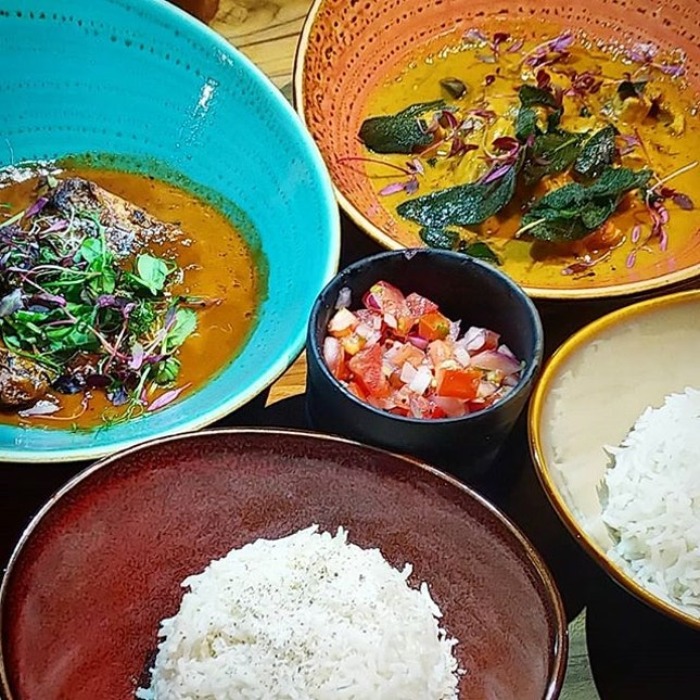 Swahili Fish Curry & Liberian Peanut Chicken, accompanied with salsas that add some dynamics to the taste.