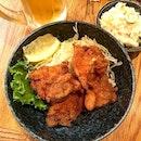 Found the best chicken karaage ever in a nondescript izakaya on Dotonbori