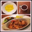 late post of #lunch #foodhunt with my #usuallunchkali - #italiancuisine #italiano #foodporn #instafood #portaporta