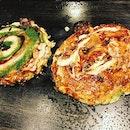 #michelin1star #sizzlinghot #okonomiyaki #scrumptious #seafood n #meat #pancake #instafood #foodporn #foodlover #burpple #instalongweekend #instatravel #mizuno #美津の #dontonbori #osaka #japan #felztravelfootprint2017 #osakakyotoday8 #jp #felzfooddiary
