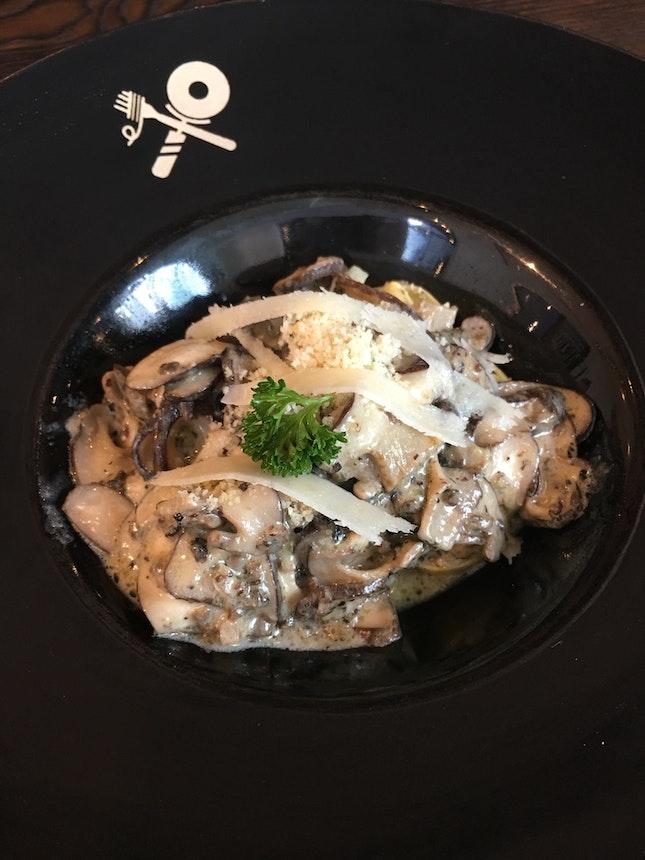 Tortellini Mushroom Truffle