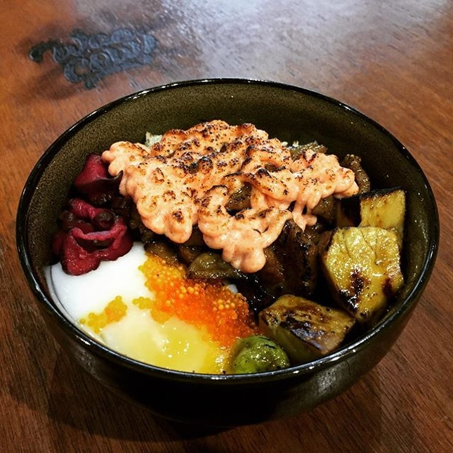 Lucky Me! Just in time to place my order - Mentaiko Wagyu Beef Donburi [Add Foie Gras] @ Waa Cow before they closed for the day.