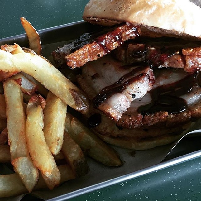 Mouthwatering and Crispy Pork Belly a.k.a. Sio Bak Burger & Fries @ Hambaobao, Beauty World Centre Level 4.
