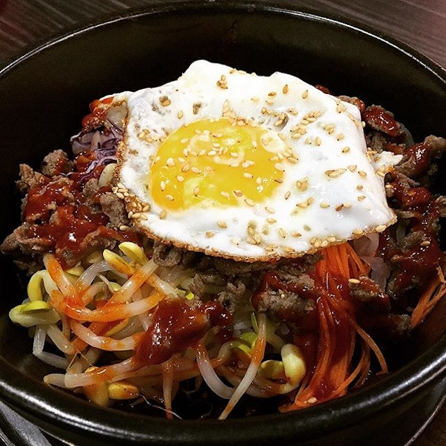 Dolsot Bibimbap (Beef) With An Add-On Egg @ Three Meals A Day 一日三餐, 12 Chun Tin Road.