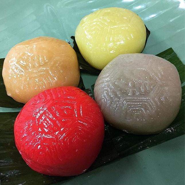Peanut, Red Bean, Mango & Pineapple Flavour Ang Ku Kueh @ Poh Cheu, Blk 127 Bukit Merah Lane 1 #01-222.