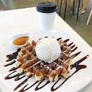 Waffle With A Scoop Of Vanilla Ice Cream & Drink @TheDailyScoopSg • 41 Sunset Way • #01-04.
