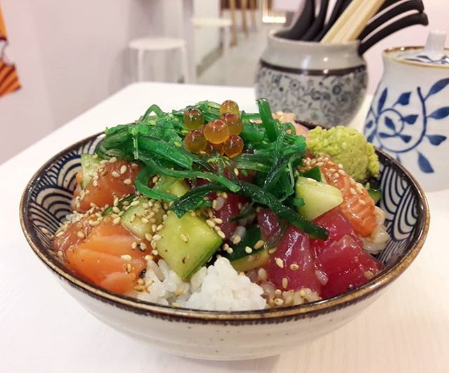 Small premium kaisen don ($12.90) which looks more like chirashi for me 🤔 Verdict?