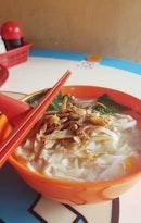 Pork Ban Mian Soup ($4.30)