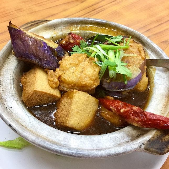 Eating At Keong Saik