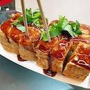 臭豆腐 (NT$70) 😋😋 .