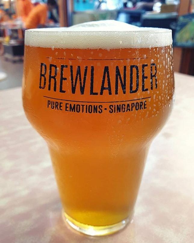 Brewlander draft (full pint: $13) 😋 .