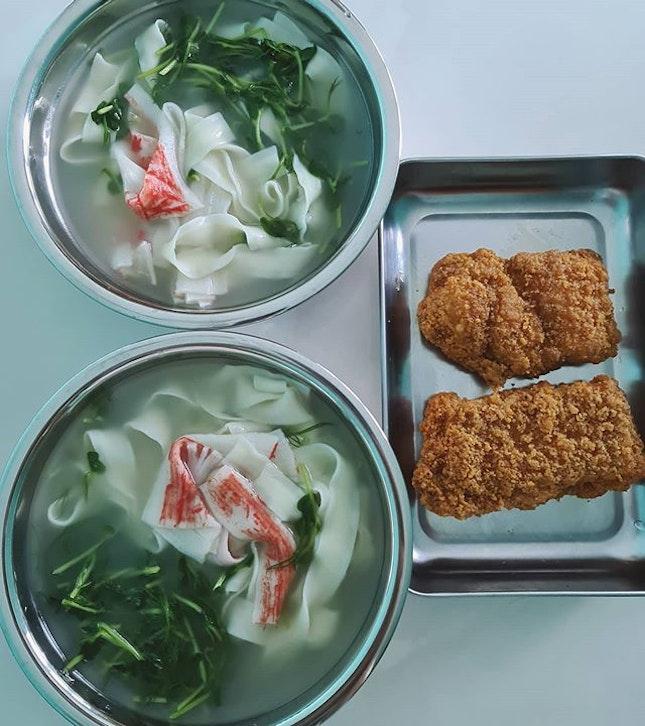 下雨天的午餐 - 刀削面汤!