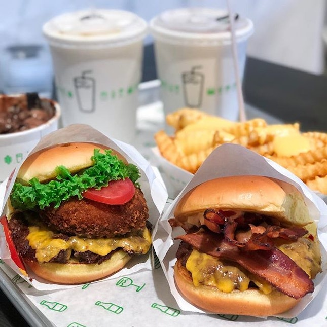 Shake Shack has landed in Singapore and the nation is SHOOK.