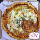 Laksa Pizza, We Love It!!