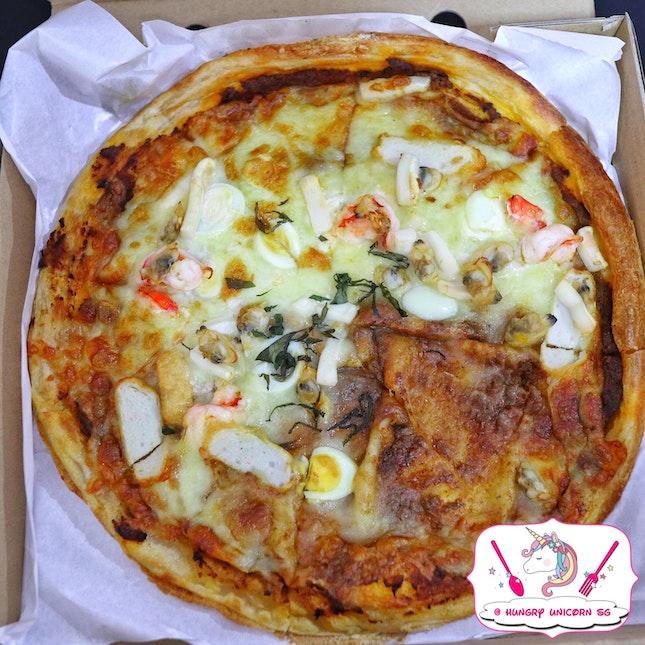 Laksa Pizza, We Love It!!