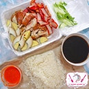 Soy Sauce Chicken Rice from 𝐇𝐞𝐧𝐠 𝐂𝐡𝐚𝐢 𝐂𝐡𝐢𝐜𝐤𝐞𝐧 𝐑𝐢𝐜𝐞!⠀