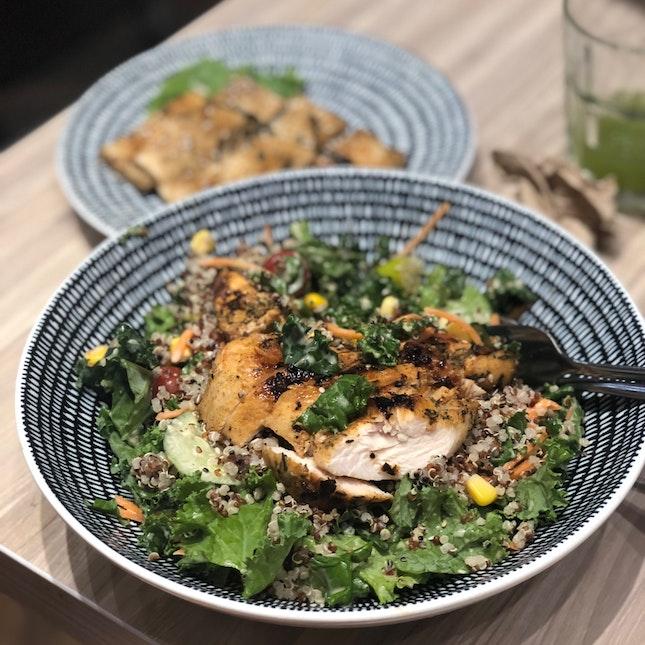 Kale Quinoa Salad (RM19+)