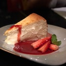 Baked Cheesecake ($14++)