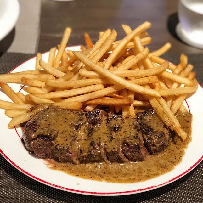 Finally got to try the much raved L'Entrecôte Steak ($34.90).