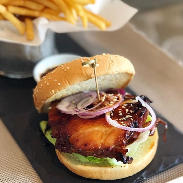 The Chicken Burger ($16)- A simple and straightforward name befitting of this burger indeed.