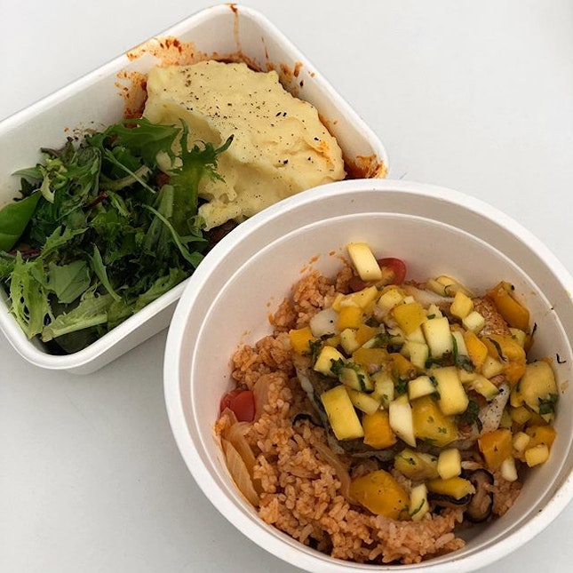 @livingmenu is an online platform that strives to turn your sad desk lunch into an affordable culinary adventure every day at affordable prices  With up to 100 new dishes every month, you will definitely be spoilt for lunch choices with @livingmenu !