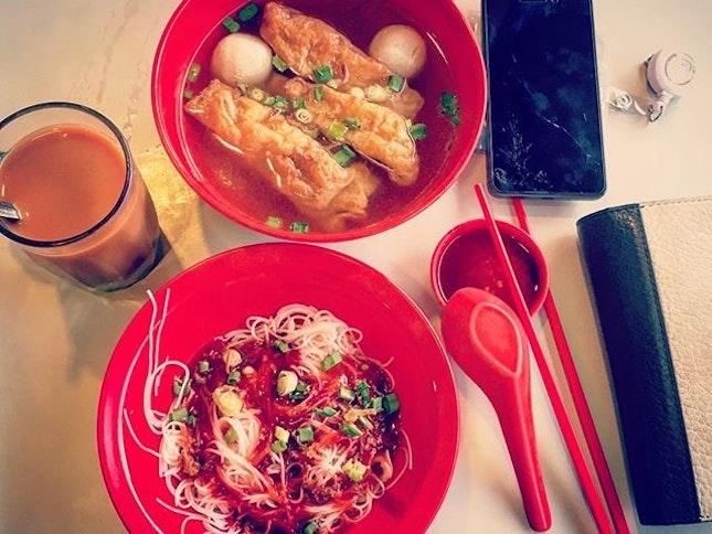 早安晨之美, good ol' singapore style breakfast after 33 days & my insatiable craving for Teh 🌞#woesofbeingoncall #burpple