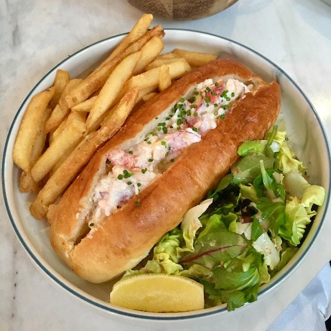 Tasty Yet Light Lobster Roll!