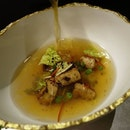 Foie Gras with a chicken and ginger broth at the 3 Michelin ⭐⭐⭐ Restaurant Joel Robuchon 🇸🇬 .