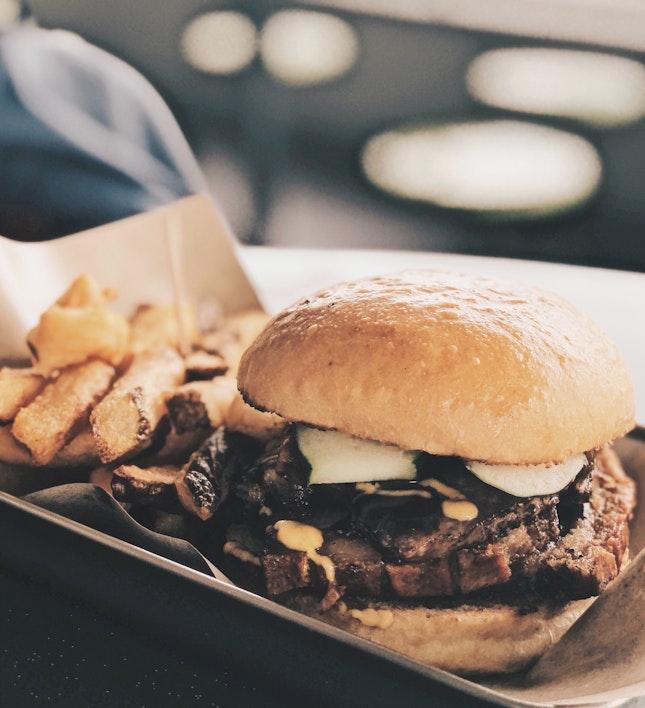 Crispy Pork Belly Burger ($5.00)