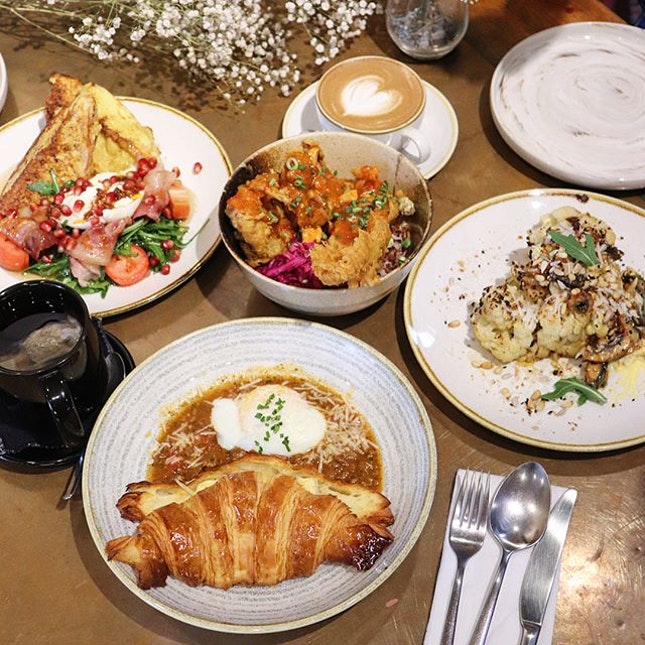 Happy sunday and have a great day everyone 🌻 We had yummy brunch with new menu from @ninjabowl !
