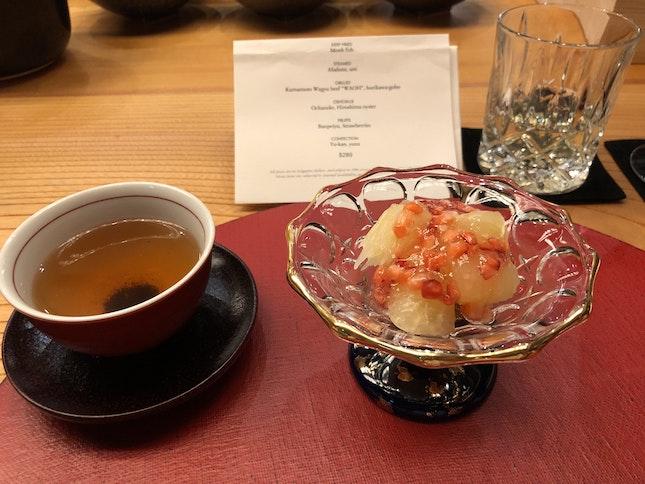 Banpeiyu (Japanese Pomelo) And Japanese Strawberries
