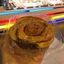 Original Cinnamon Roll ($2.70)