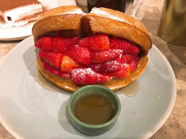 Strawberry Waffle (RM$19)