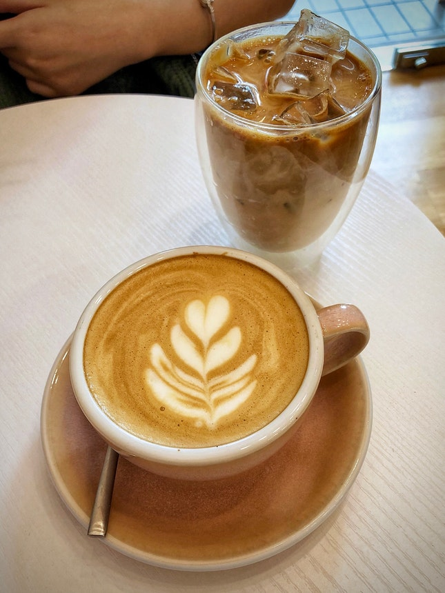 Cosy Neighbourhood Café In Ang Mo Kio