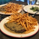L'entrecote Steak And Fries