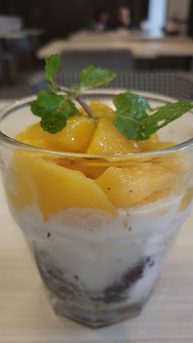 Mango Sticky Rice $8